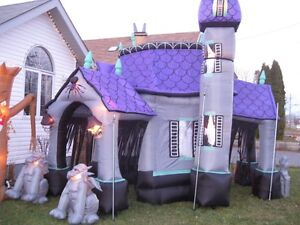 Gemmy 17ft Inflatable Haunted House