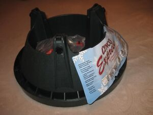 CHRISTMAS TREE STAND ''CINCO EXPRESS''-SPILL GUARD-BRAND NEW! Edmonton Edmonton Area image 6