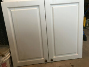 Kitchen Cupboards  Excellent Condition