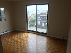 **1er decembre** à louer appartement 5 1\2 Lachine saint-pierre