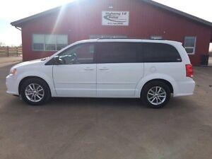 2016 Dodge Grand Caravan SXT Minivan, Van