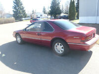 1991 Ford Thunderbird Coupe 54000KM might trade for Mustang