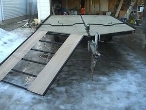 NICE  8.4 X 12 DRIVE-ON DRIVE-OFF SLED TRAILER