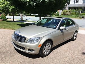 Just Reduced   2010 Mercedes-Benz C-Class 4 matic Sedan