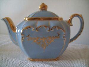 ANTIQUE CHINA  BLUE / GOLD TEA SET CREAM / SUGAR / TEA POT