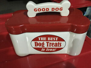 Dog treat/food container Windsor Region Ontario image 2
