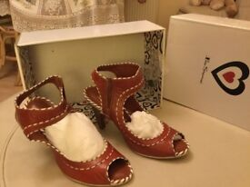 Size 6 Ben Sherman Tan Leather Heels