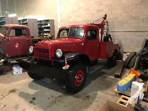BEAUTIFUL 1955 VINTAGE DODGE POWER WAGON
