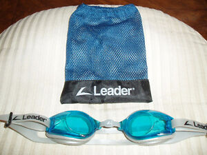 LEADER SWIMMING GOGGLES West Island Greater Montréal image 1