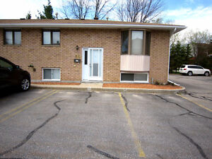 OPEN HOUSE Sat May 27 12:30-1:30 pm $189,900