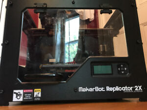 3D PRINTER!! Makerbot Replicator 2X