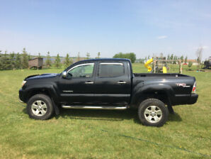 2007 Toyota Tacoma (LOW KMS)