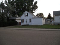 TERRIFIC HOME IN FOREMOST!!