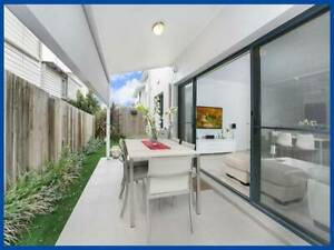 Furnished Room in High End Apartment  Annerley