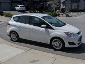 2014 Ford C-max HYBRID - warranty included