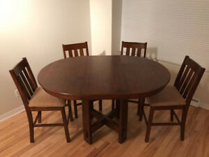 DARK HARDWOOD KITCHEN TABLE (EXPANDABLE) + 4 CHAIRS