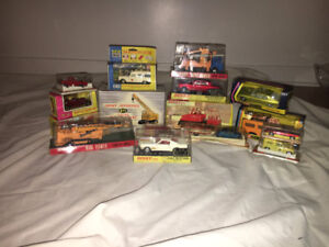 lot de 16 voitures en miniature de collection