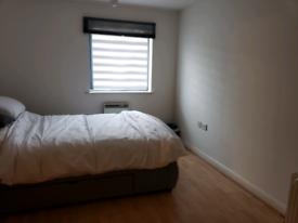 2 bed 2 bath flat to rent let short term Wembley