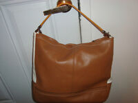 LARGE AUTHENTIC LEATHER COACH BAG