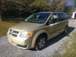 2010 Dodge Grand Caravan SE Minivan, Van_ reduced