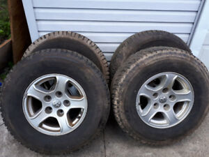 16 inch snow tires on dodge 5x114 rims