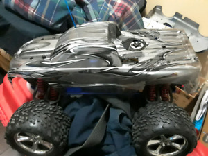 Traxxas tmaxx and Losi 2.0 both rtr