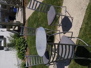 Round Metal Table and 4 Chairs