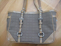 AUTHENTIC COACH handbag...