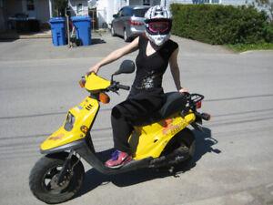 scooter bwizz racer yamaha jaune remit à neuf