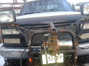 Parting out a 1996 chevy 2500 pickup with plow and pump Kingston Kingston Area image 7