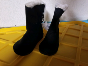 New Size 8 toddler girl boots from Carter's