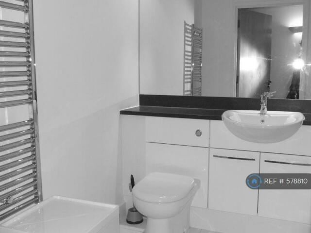 1 Bedroom Flat In Western Gateway Royal Victoria Dock E16 1 Bed 578810 In Canning Town London Gumtree