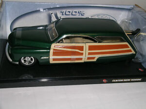 1950 Mercury Woodie Hot Wheels 1:18 Kitchener / Waterloo Kitchener Area image 1