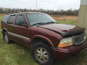 1998 GMC Jimmy SLT, 4.3L, Leather, Moonroof