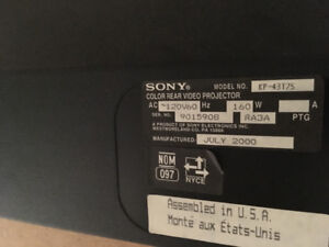 Free TV - 43 inch Sony, Rear Projection