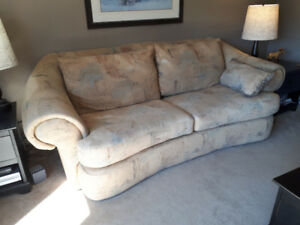 Couch, gold pattern.  Excellent condition.  Large and deep $400