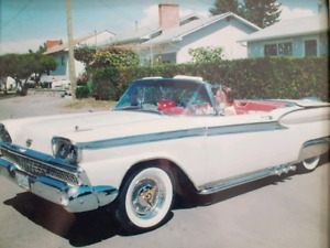 1959 Ford Galaxie Skyliner Hardtop Convertable.