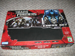 Transformers Chess Set Sarnia Sarnia Area image 2