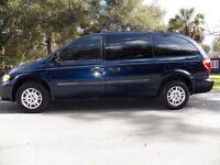2006 Dodge Caravan - LOW km!