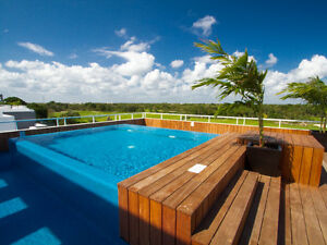 SPECIAL PRICE! BEAUTIFUL PLAYA DEL CARMEN GOLF CONDO!!