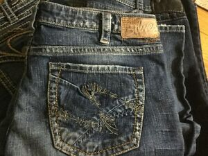 Womens Silver jeans Like New 6 pairs and crop jeans