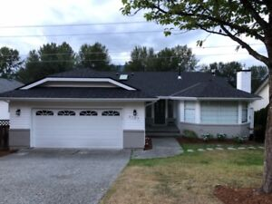 Fabulous 6 bdrm  + 3 bath remodeled home in Ranch Park