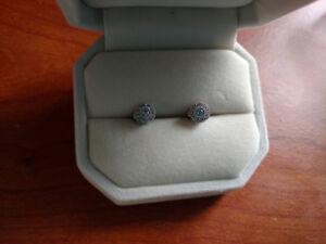 .25 karot Diamond earings