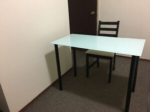 glass computer desk/ office desk with chair