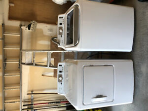 INSIGNIA HE top load washer & dryer