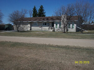 1397 ft bungalow with double attached heated garage for sale Regina Regina Area image 7