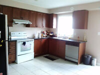 TOWN HOUSE FOR RENT(WARDEN AND DANFORTH RD)