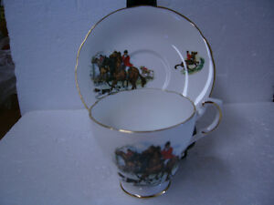 VINTAGE ROSLYN FOX HUNT CUP AND SAUCER