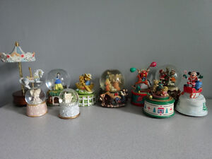 10 snow globes and musical boxes
