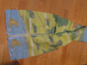 CHILD'S NEVER USED CRIB or COT BLANKET in PLASTIC ZIPPERED CASE